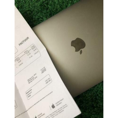 Macbook 12 inch spacegray zgan